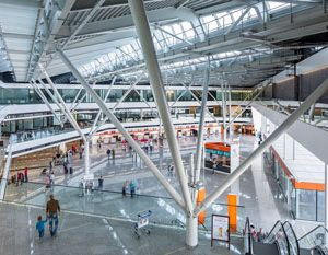 Chopin Airport bids farewell to the 2015 year with a milestone of 11.2 million passengers handled