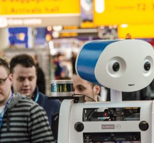 Examing the use of robotics in airport customer service