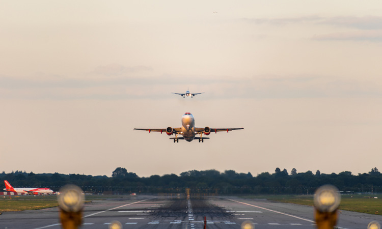 Gatwick gets overwhelming support for use of standby runway