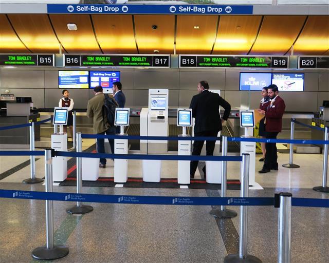 Self-service bag drop in Tom Bradley Terminal