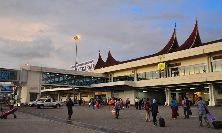 Resultado de imagen para Angkasa Pura II Padang