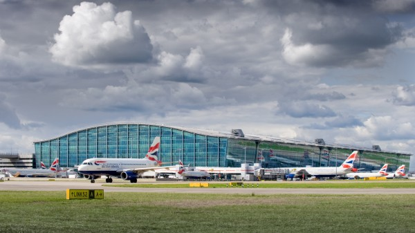 Report suggests Heathrow expansion can occur within air quality limits