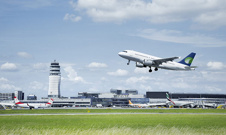 Vienna Airport smashes30 million passenger barrier