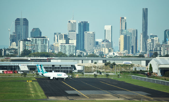 Brisbane airport city and runway