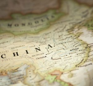 CAAC restarts China airport projects