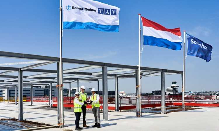 Construction of Amsterdam Airport Schiphol's new Pier A reaches highest point