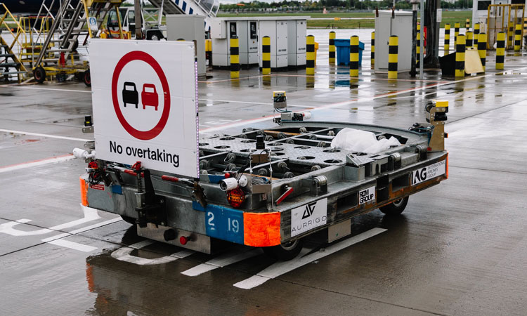 Heathrow Airport trials driverless baggage vehicles